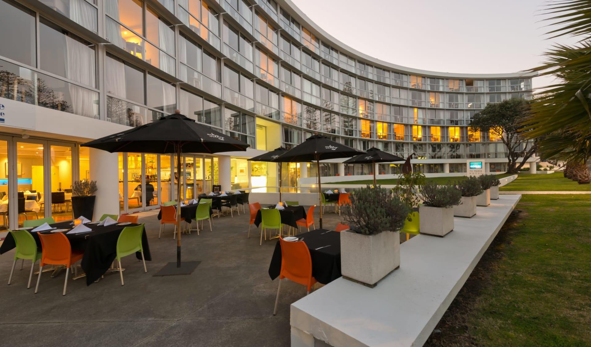 Scenic Hotel Te Pania in Napier: FB Scenic Hotel Te Pania - Restaurant aussen  c Scenichotelgroup