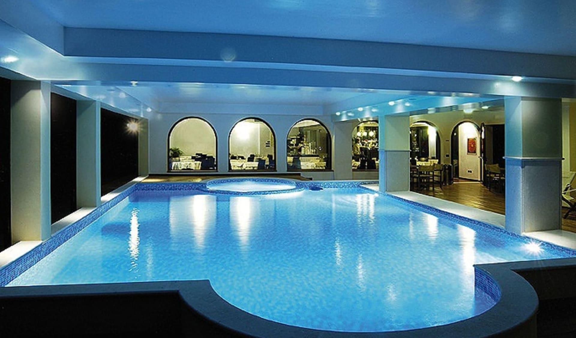Gardasee - Hotel Admiral Villa Erme: Indoorpool