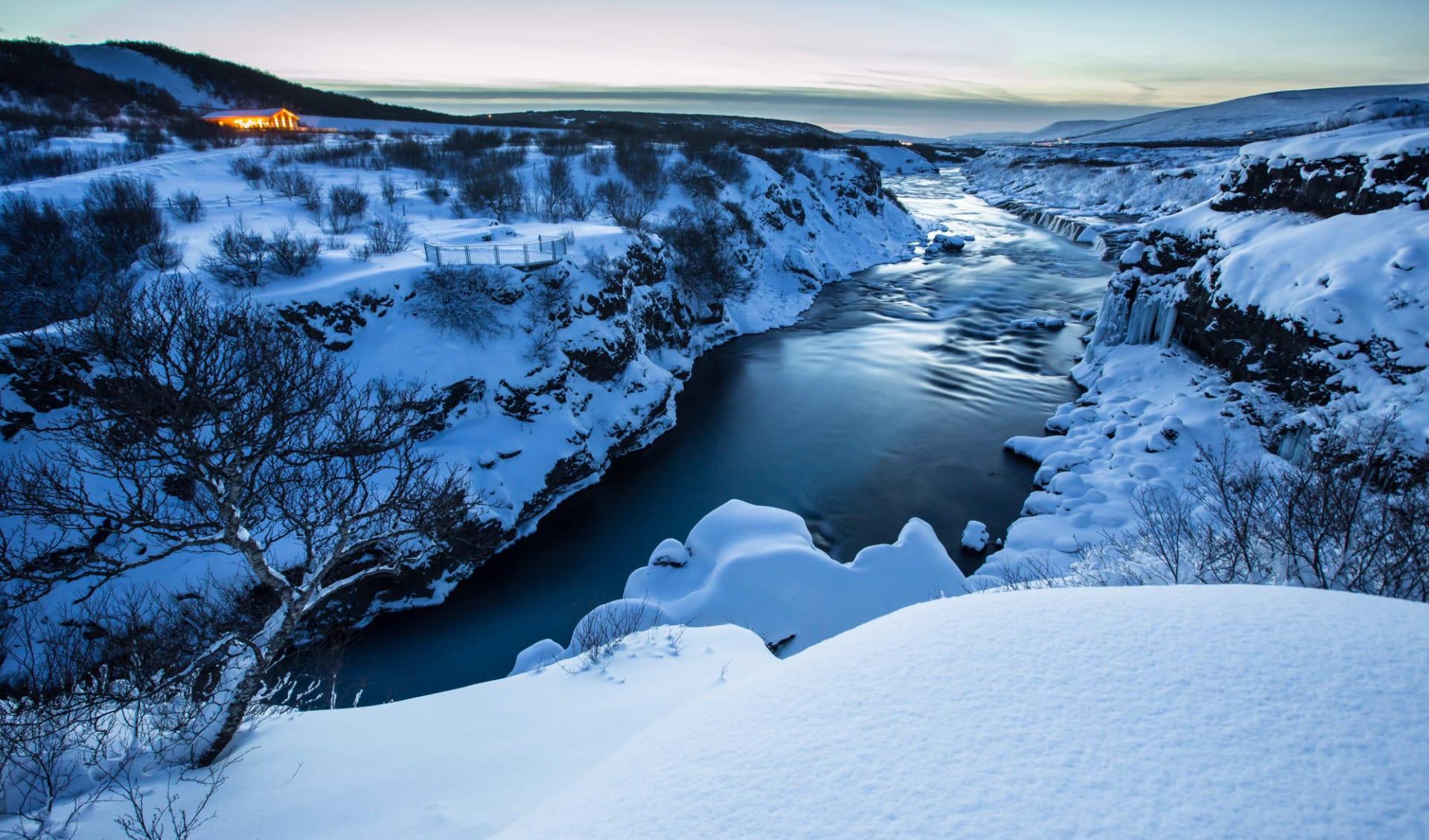 Nordlichter und heisse Quellen ab Reykjavik: island_winter1