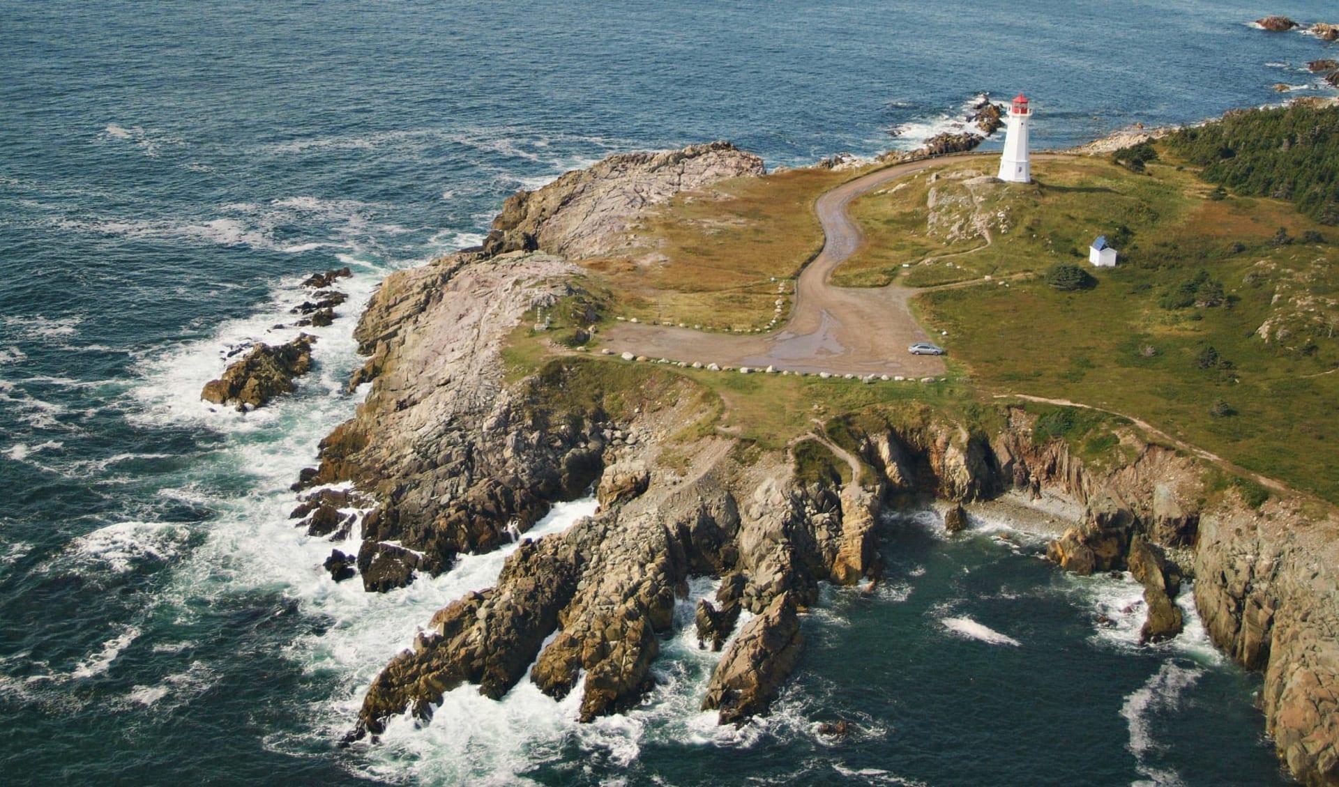 Eisberge, Wikinger und Nationalparks ab Halifax: Kanada - Cape Breton - Louisbourg Leuchtturm
