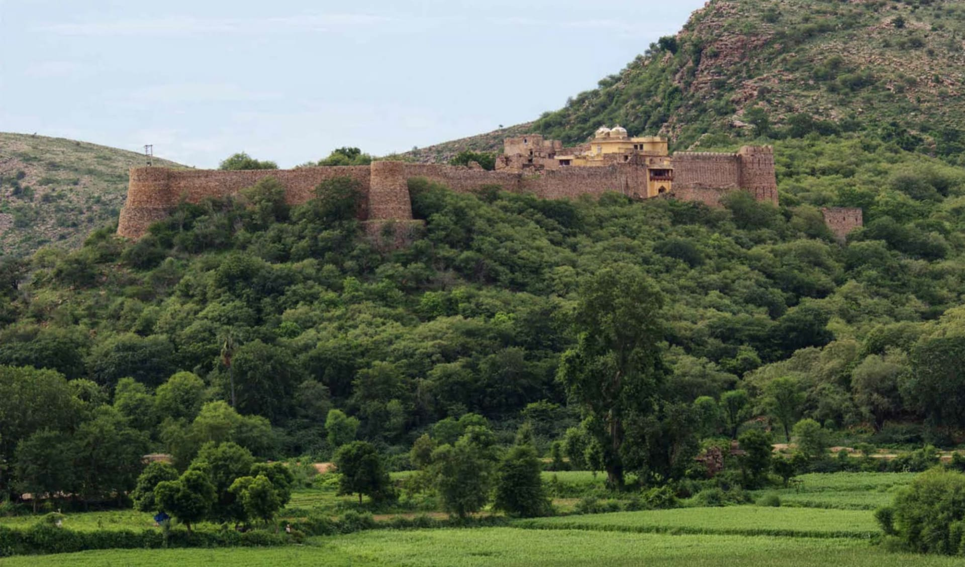 Märchenhaftes Rajasthan ab Delhi: Karauli: Ramathra Fort