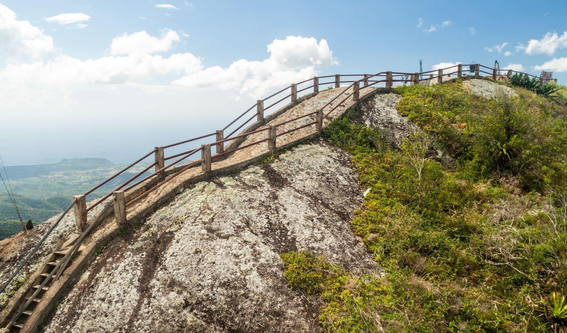 La Gran Piedra (Big Rock) in der Sierra Maestra Gebirgskette bei Santiago de Cuba, Kuba