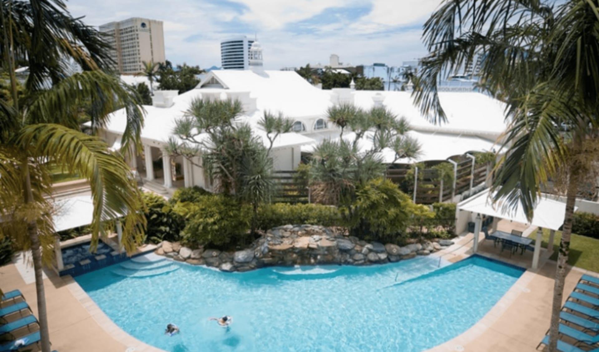 Mantra Esplanade in Cairns: Mantra Esplanade Pool