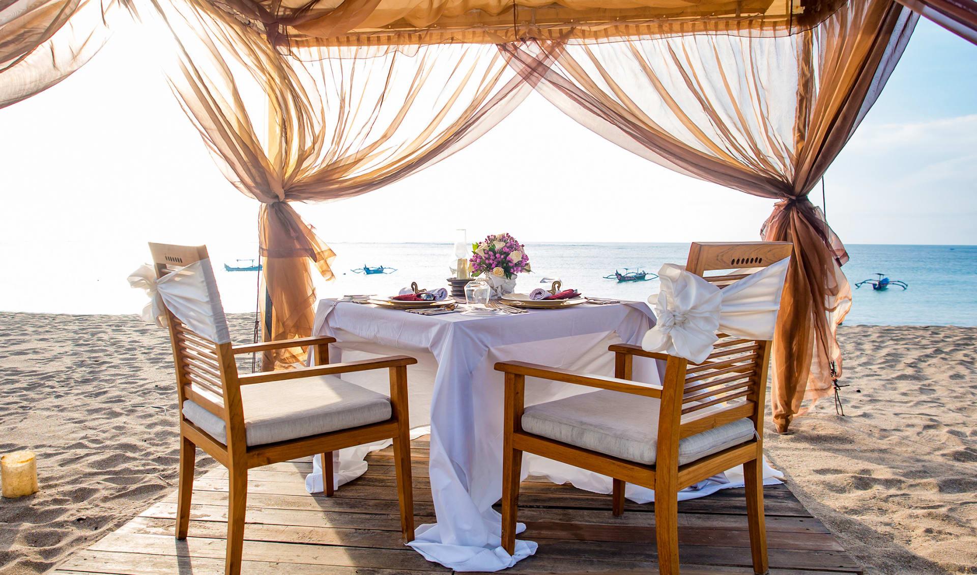 Flitterwochen, Romantisches Abendessen am Strand , Mauritius