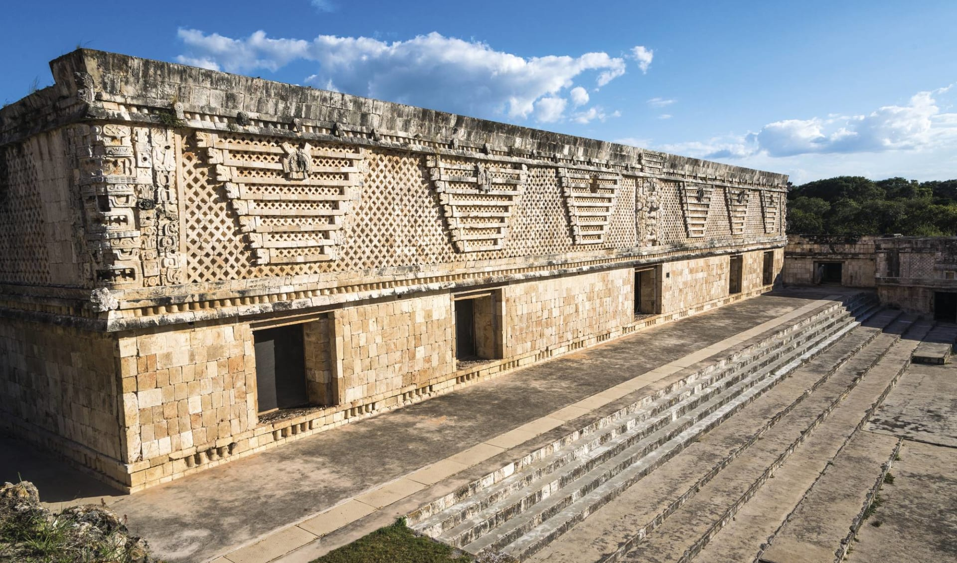 Höhepunkte Yucatán ab Cancun: Mexico - Yucatan - Ruinen von Uxmal
