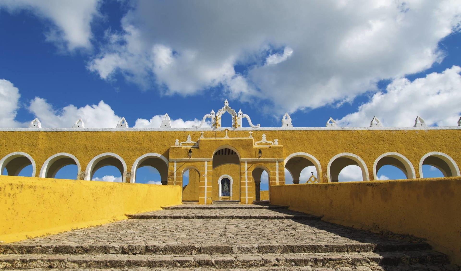 Premium: Dreams Yucatán ab Cancun: Mexiko - Yucatan - Izamal, Kirche