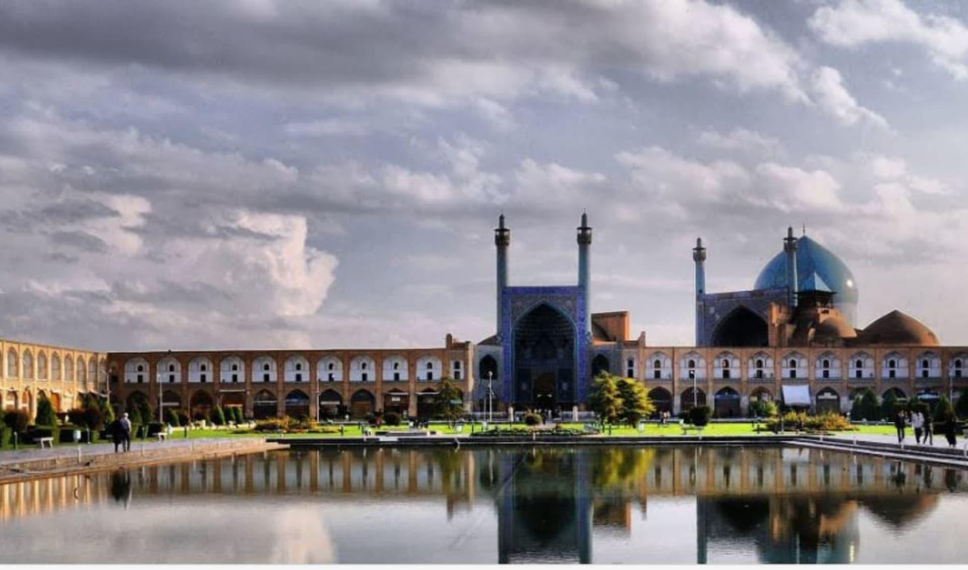 Best of Persia in 12 Tagen ab Teheran: Naqshe Jahan square, Isfahan