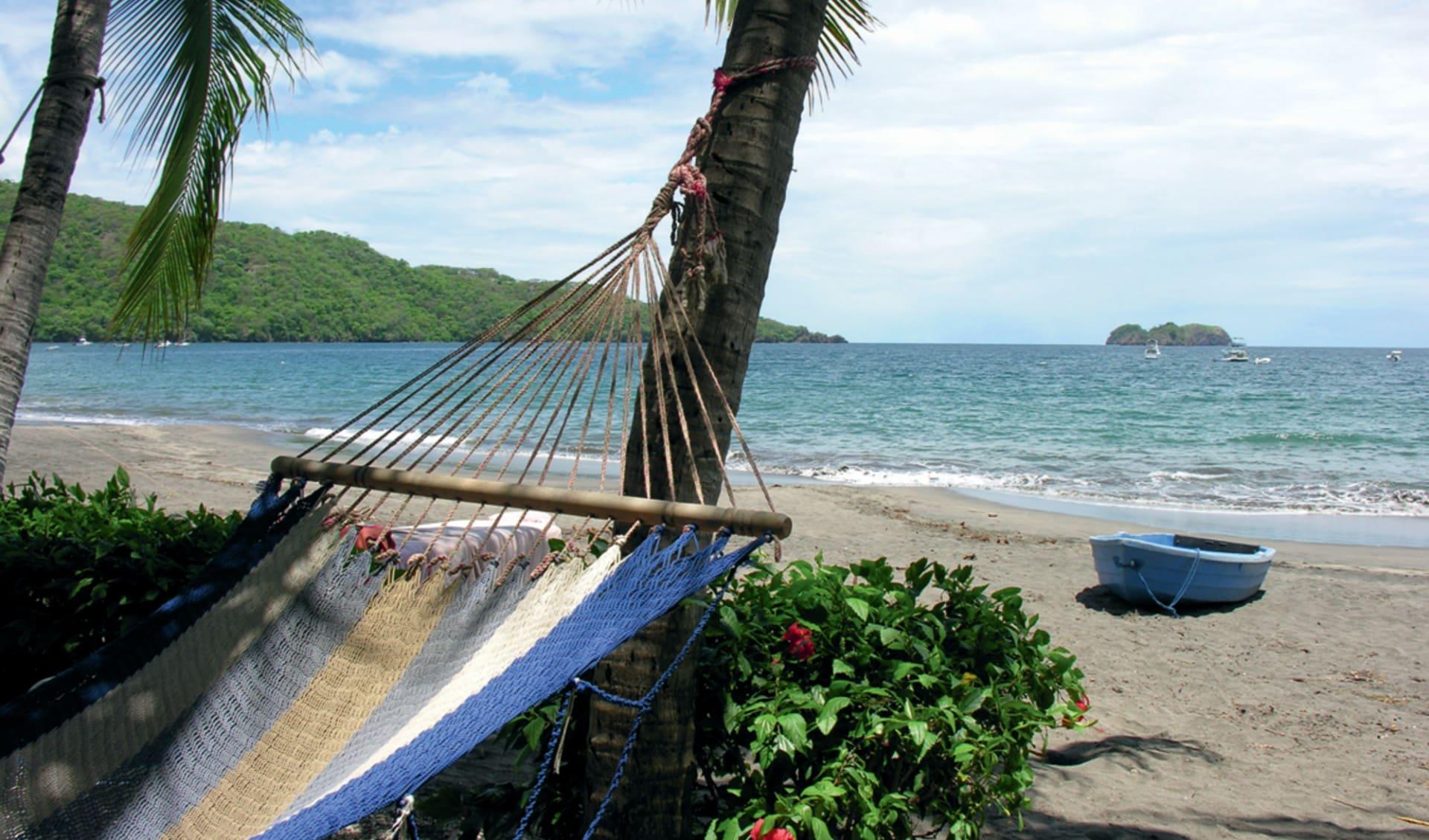 Hotel Bosque del Mar in Playa Hermosa: natur hotel bosque del mar strand meer hängematte