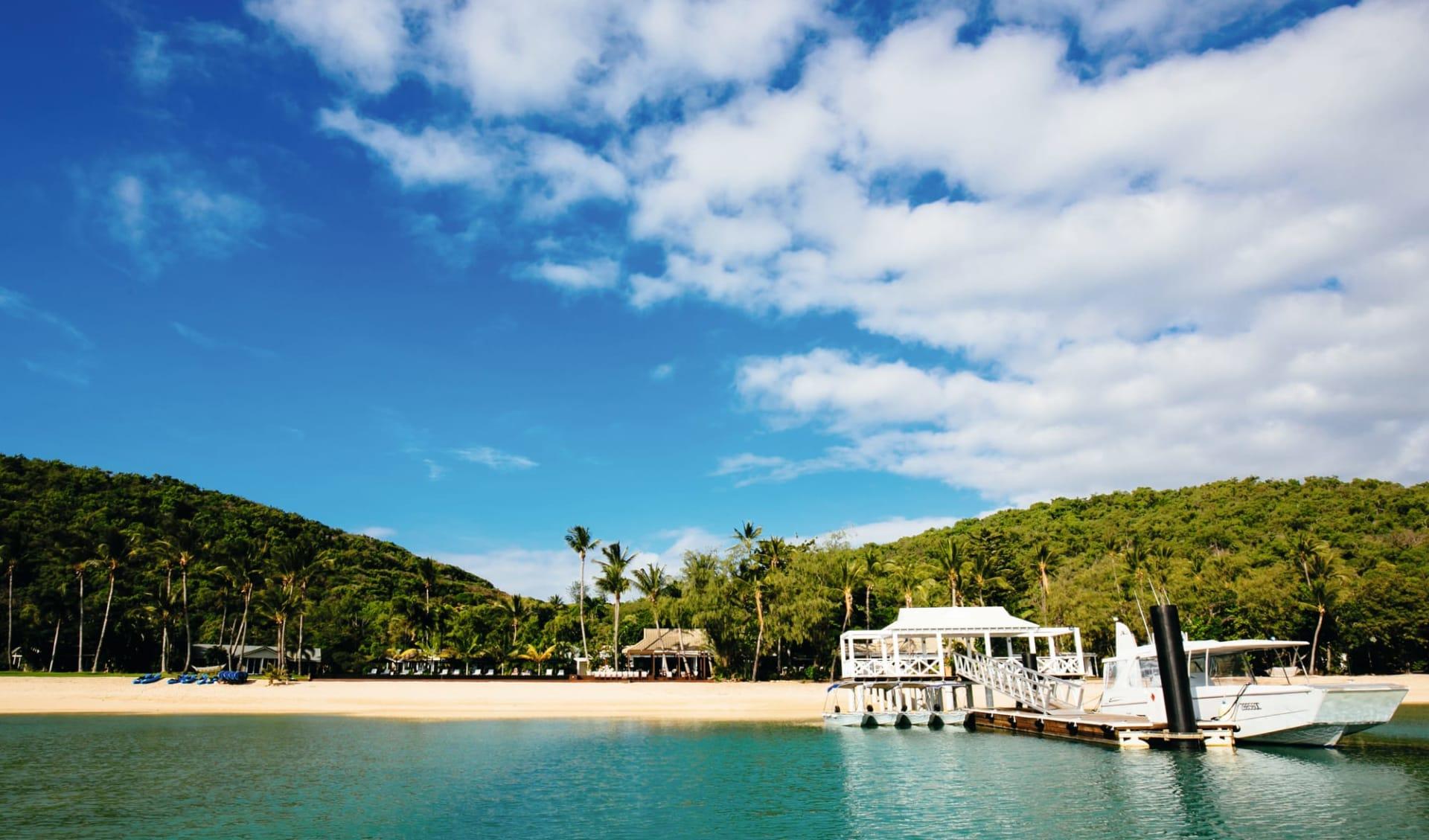 Orpheus Island: Natur Orpheus Island Resort Queensland Australien  Sicht vom Meer aus