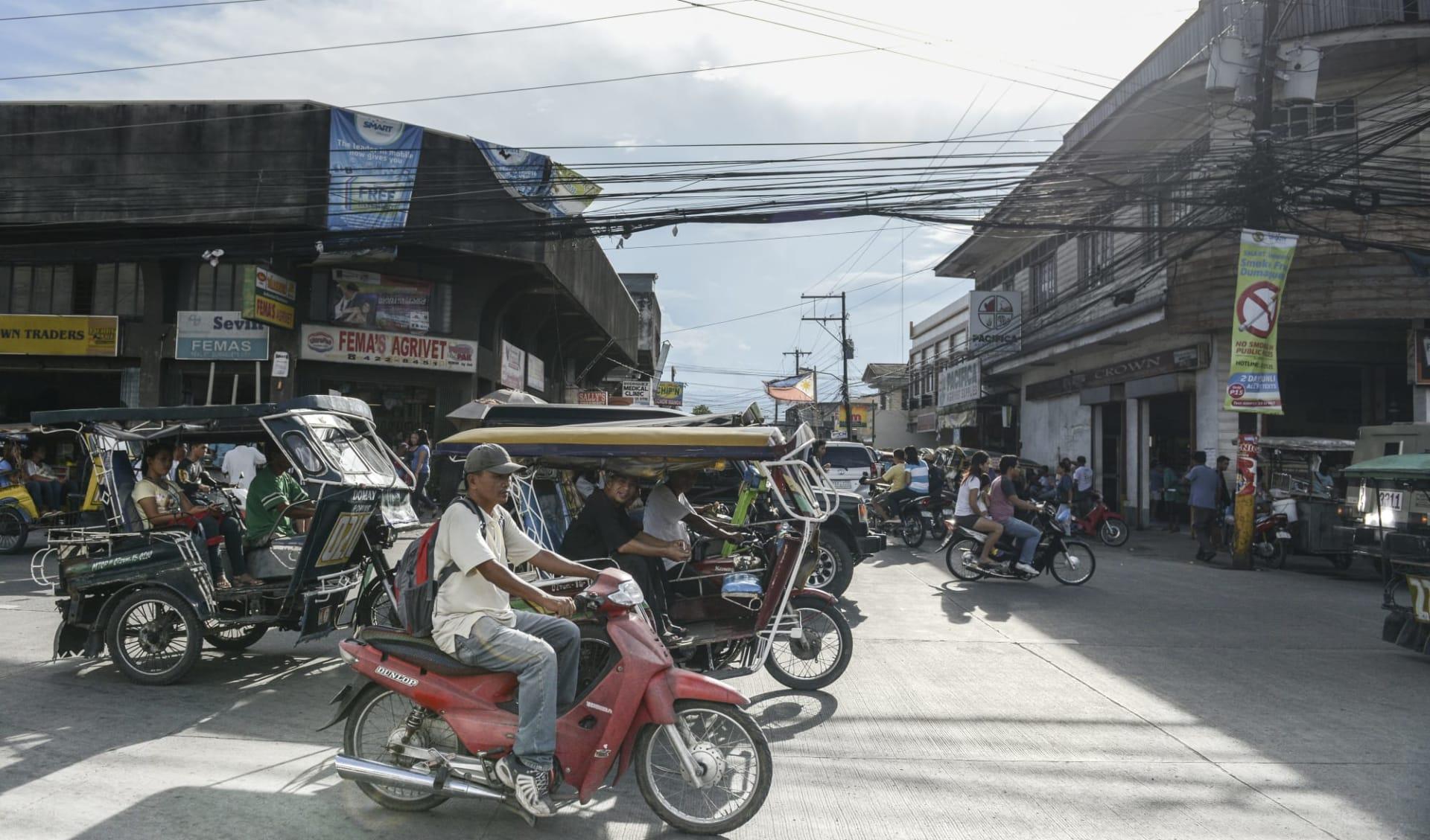 Inselwelt Visayas ab Negros: Negros Dumaguete