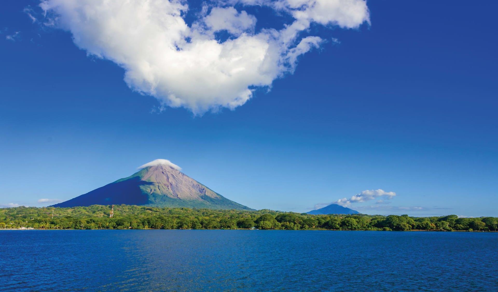 Gruppenreise Mundo Verde ab San José City: Ometepe Vulkan und Meer