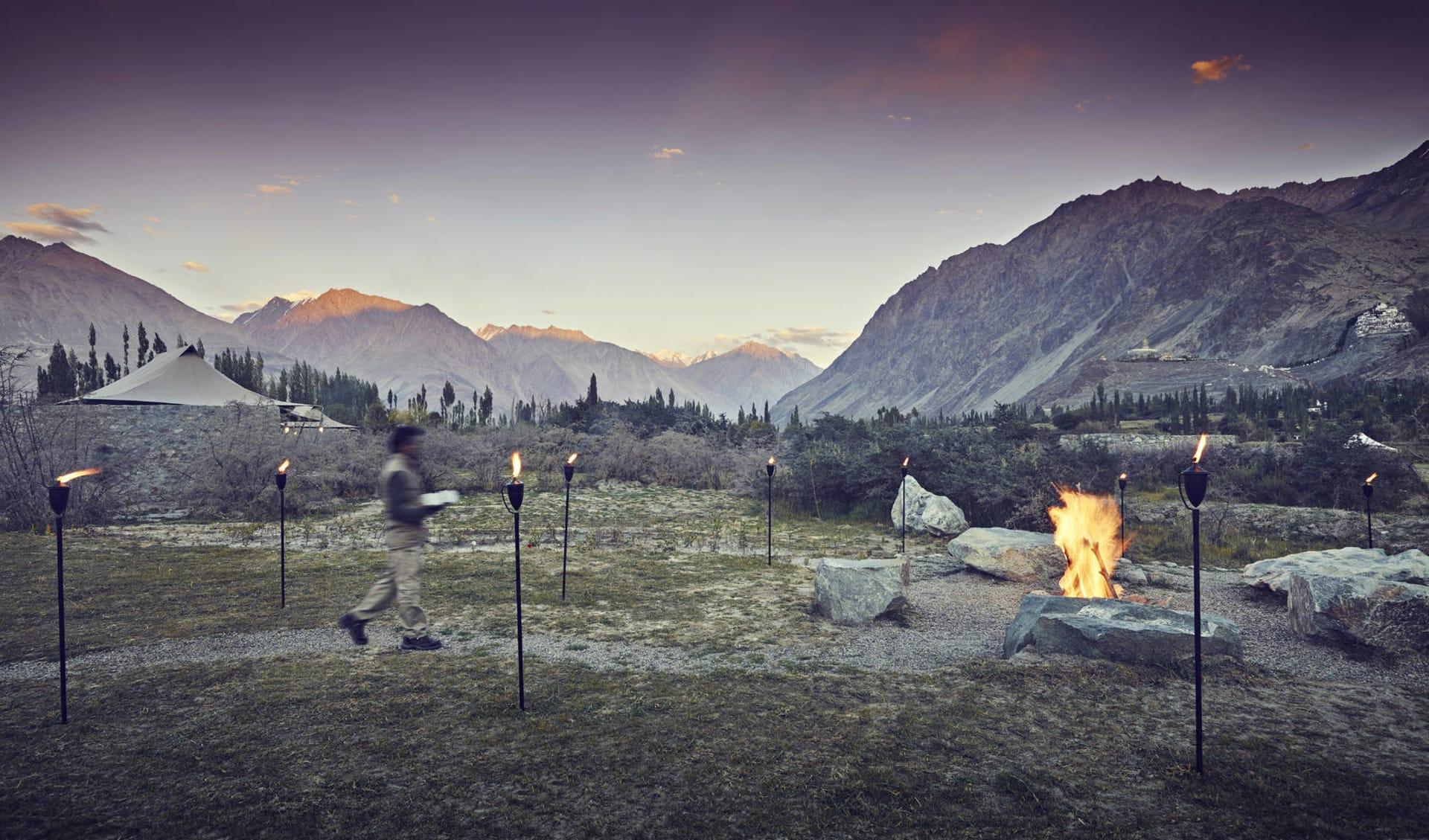 Ladakh luxuriös ab Leh: nubra valley bonfire