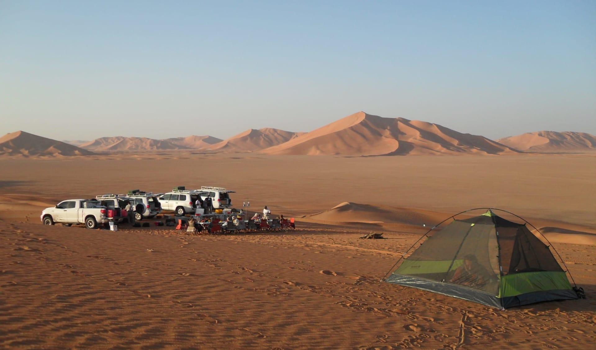 Abenteuer mit dem Wüstenschiff ab Muscat: Oman Camping in the desert