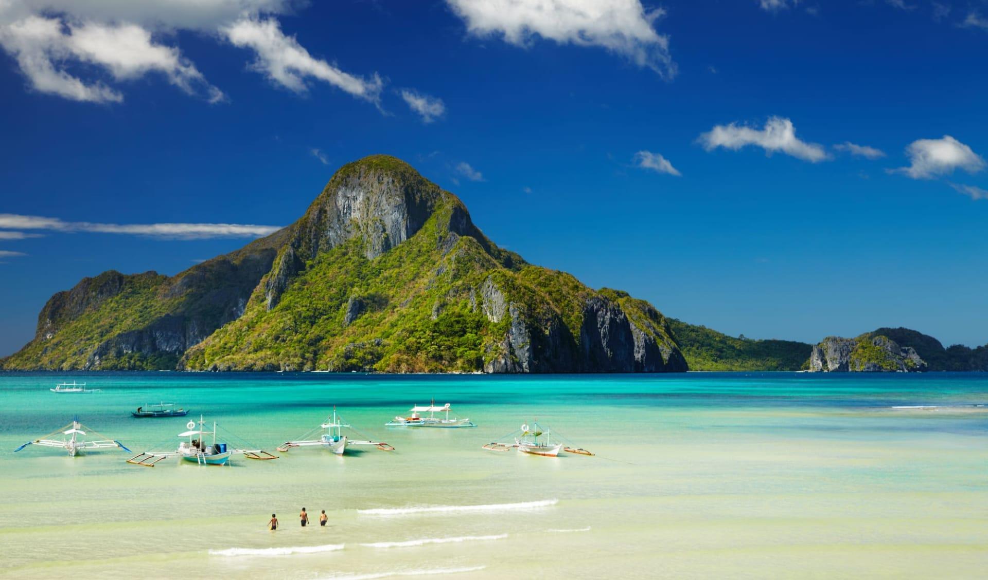 Individuelles Inselhüpfen auf den Philippinen ab Manila: Palawan El Nido bay and Cadlao island