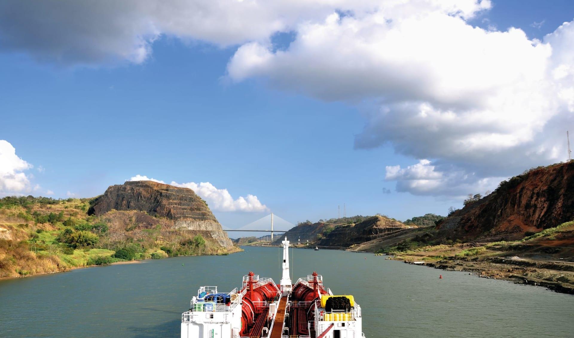 Privatreise Das Beste von Panama ab Panama City: Panama - FZ Schiff auf dem Panamakanal