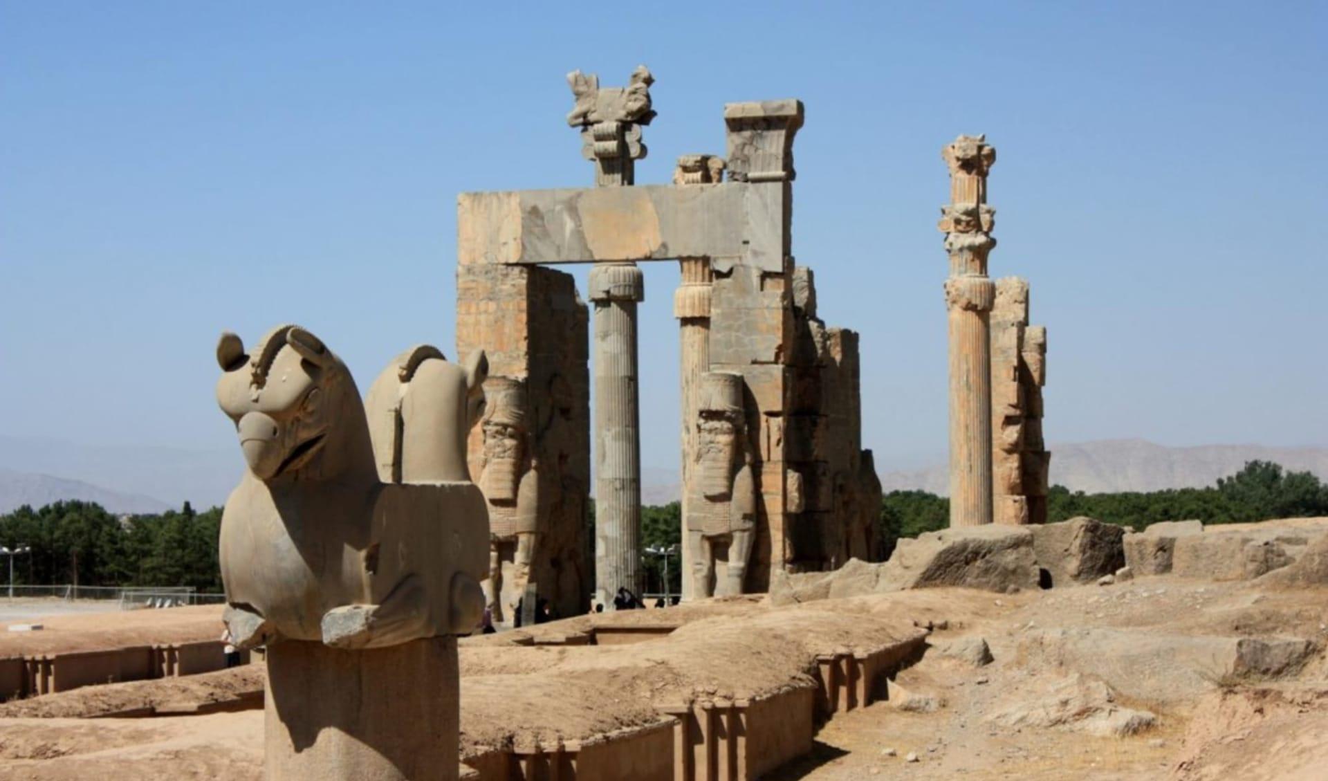 Persischer Golf - 3000 Jahre Handels- und Konfliktgeschichte ab Shiraz: Persepolis