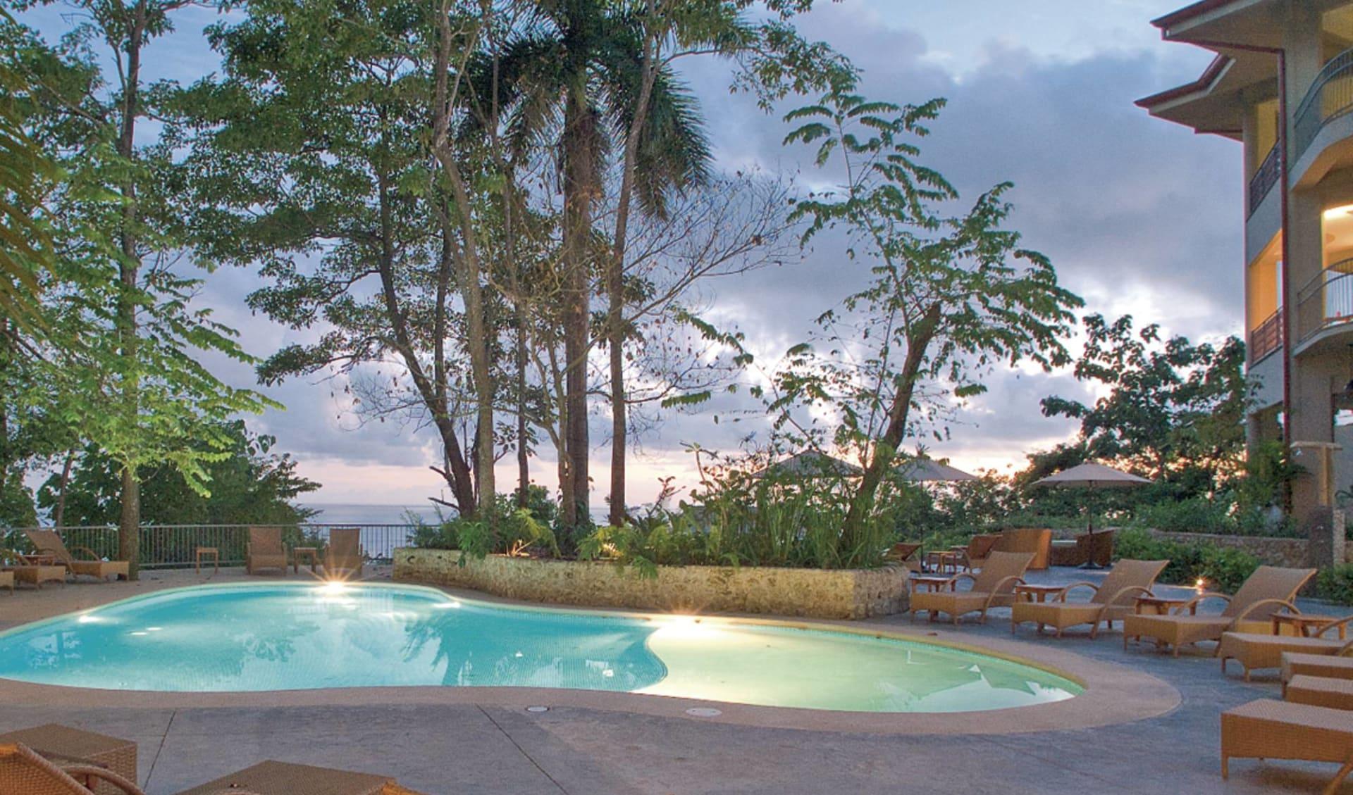 Arenas Del Mar Beachfront & Rainforest Resort in Manuel Antonio: pool arenas del mar pool