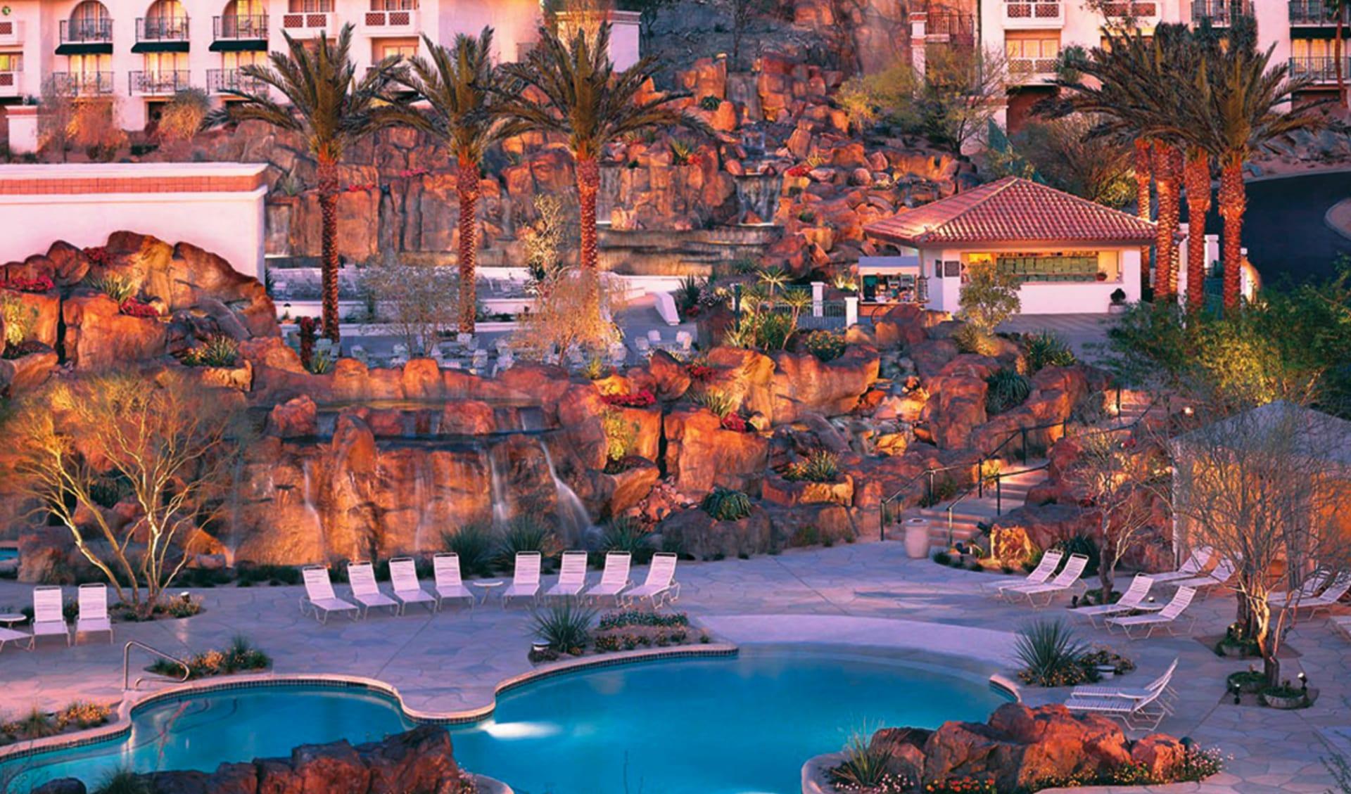 Pointe Hilton Tapatio Cliffs Resort in Phoenix: pool pointe hilton at tapatio cliffs phoenix gartenanlage