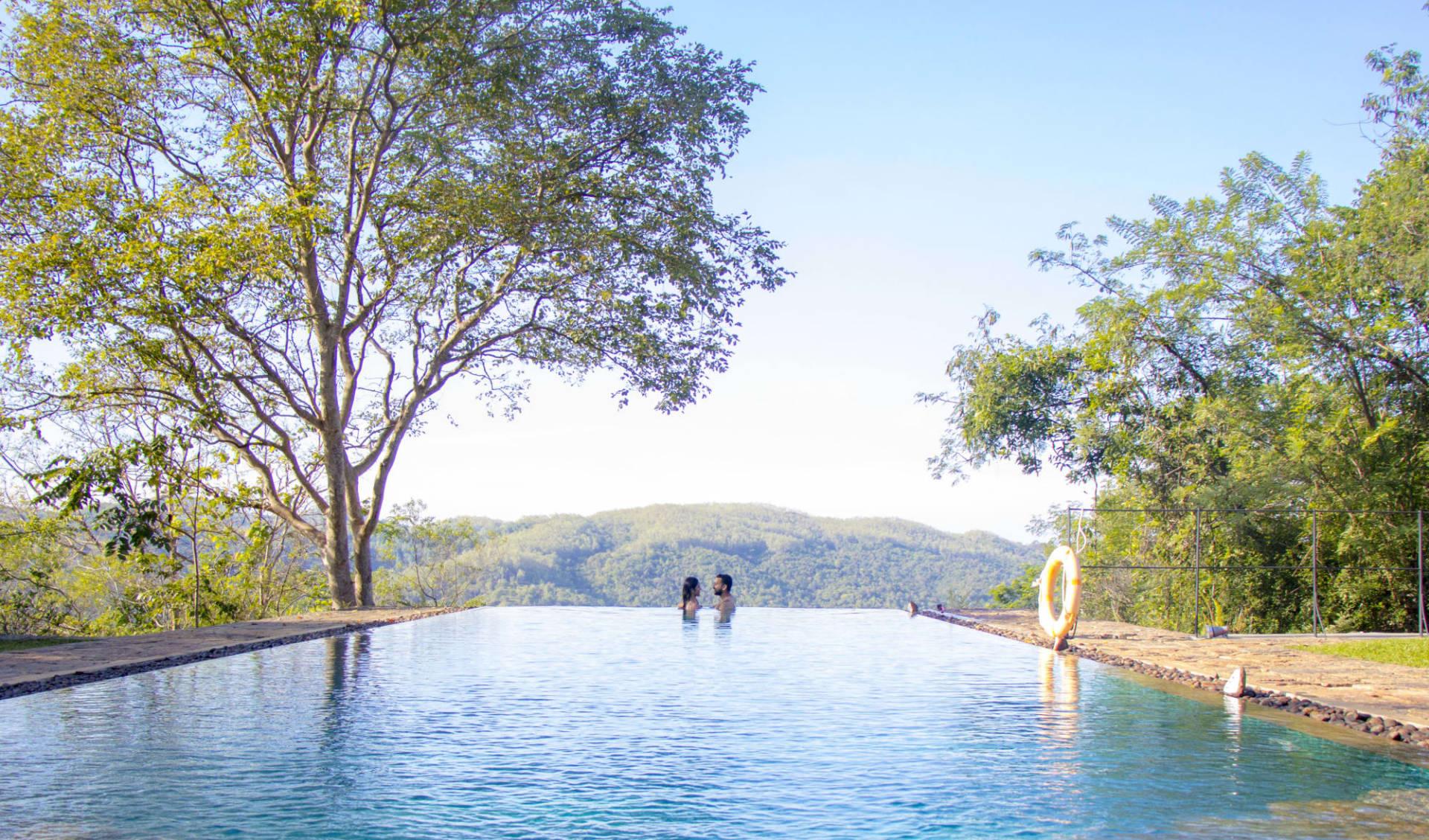 Living Heritage Koslanda in Ella, Haputale, Koslanda: Romantic Hotel Infinity pool Sri Lanka