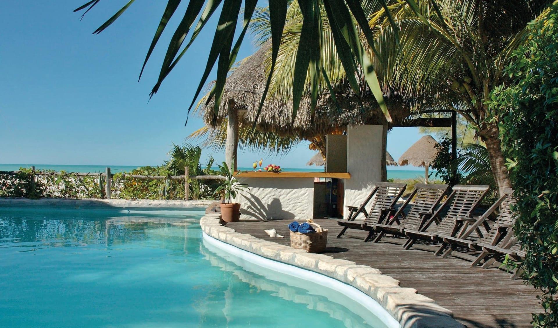 Xaloc Resort in Isla Holbox:  Xaloc Resort Holbox - Pool C Latin Connect