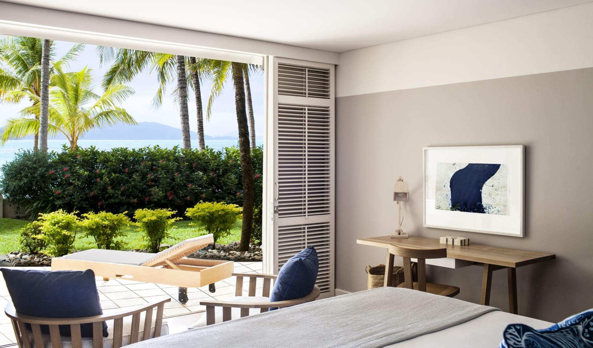 Beach Club in Hamilton Island: Premium-Beach-Club-room-View-HR