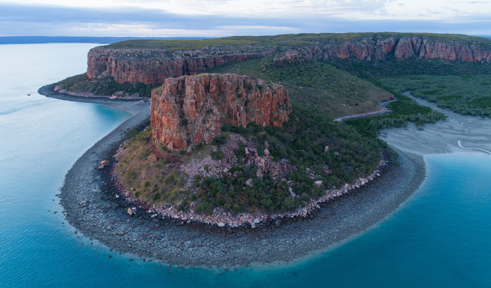 Expeditions-Kreuzfahrten Kimberley ab Darwin: Raft Point Kimberley Coast