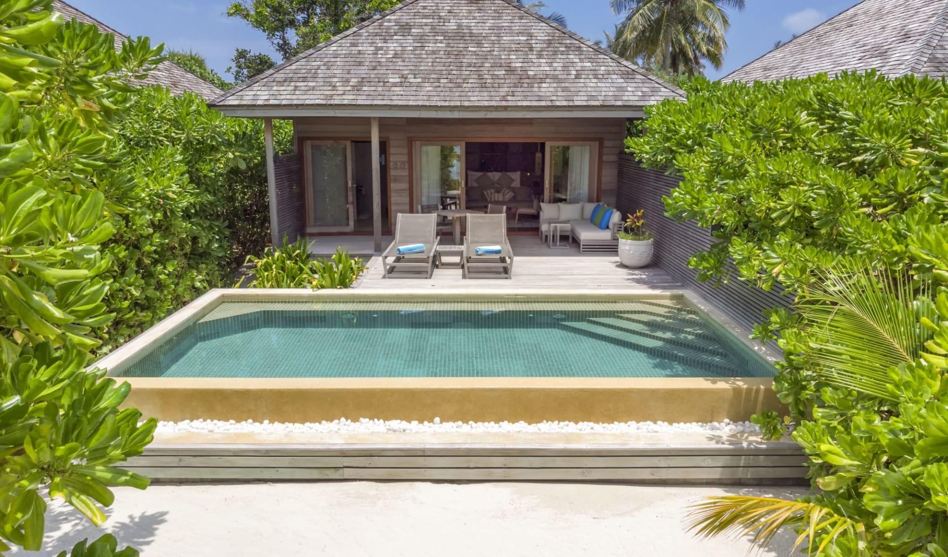 Hurawalhi Island Resort in Lhaviyani-Atoll:  Beach Pool Villa