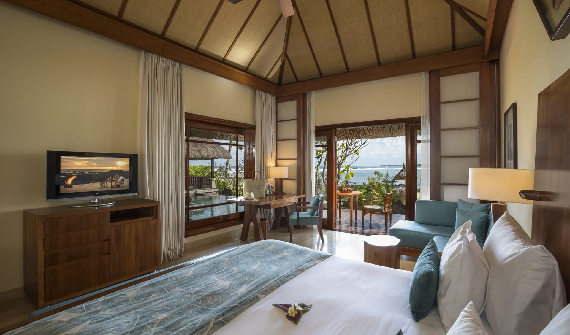 Shanti Maurice Resort & Spa in St. Felix:  Beachfront Suite Pool Villa