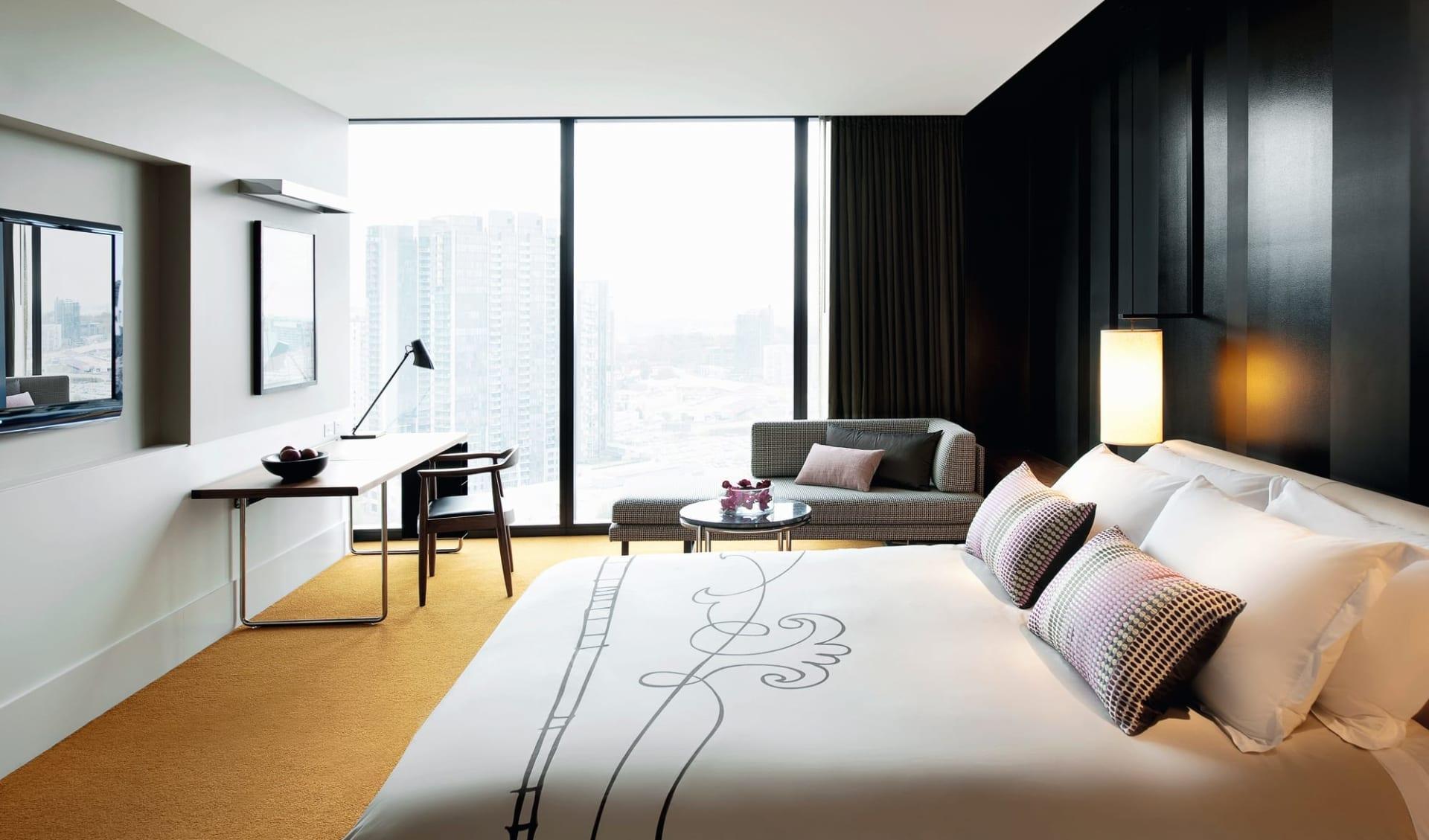 Crown Metropol in Melbourne:  Crown Metropol - Luxe Room