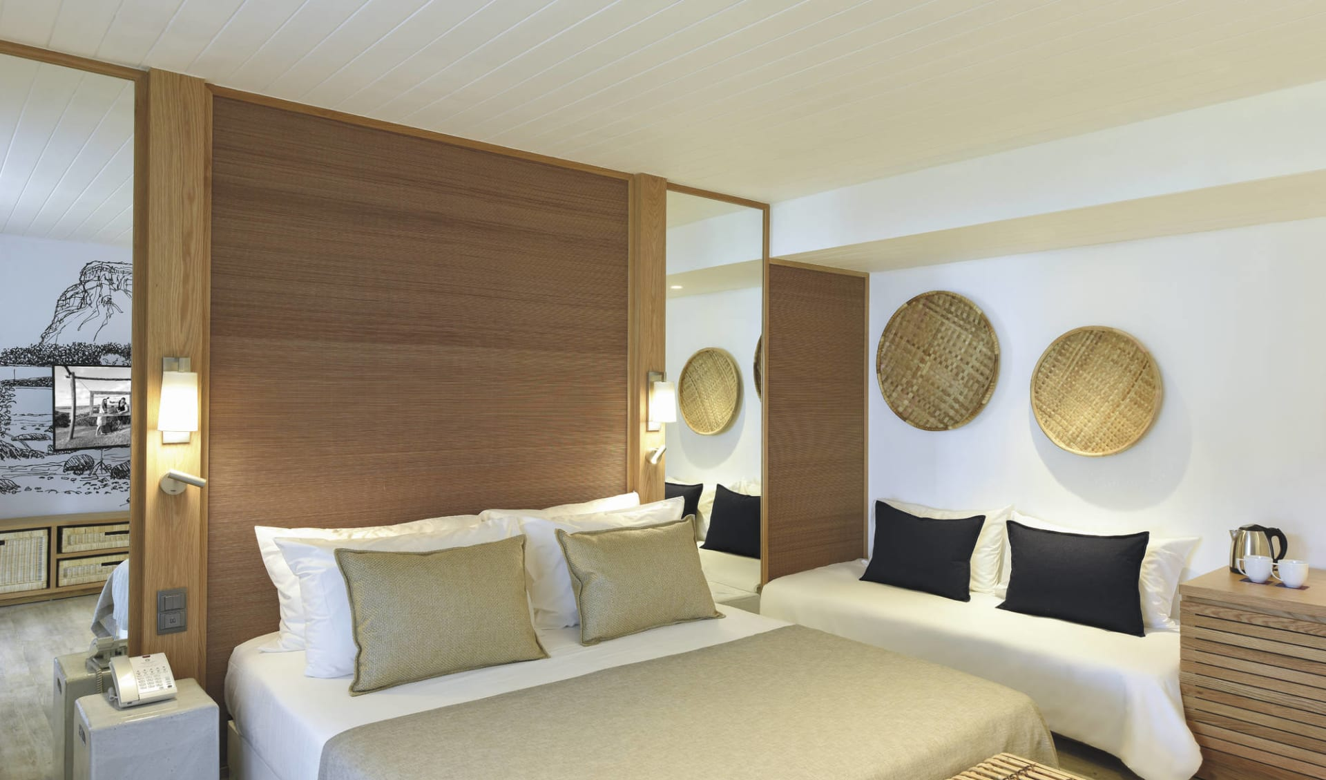 Canonnier Beachcomber Golf Resort & Spa in Pointe aux Canonniers:  Deluxe Sea Facing
