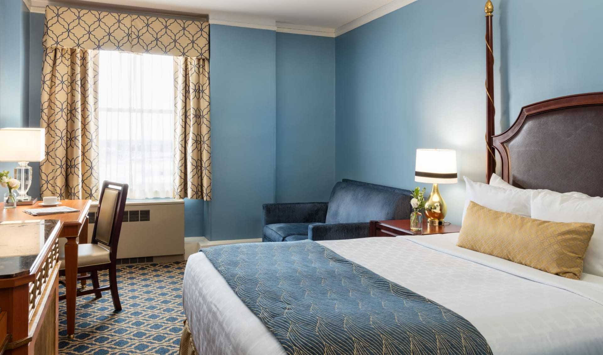 Francis Marion Hotel in Charleston:  Francis Marion Hotel_Traditional Room