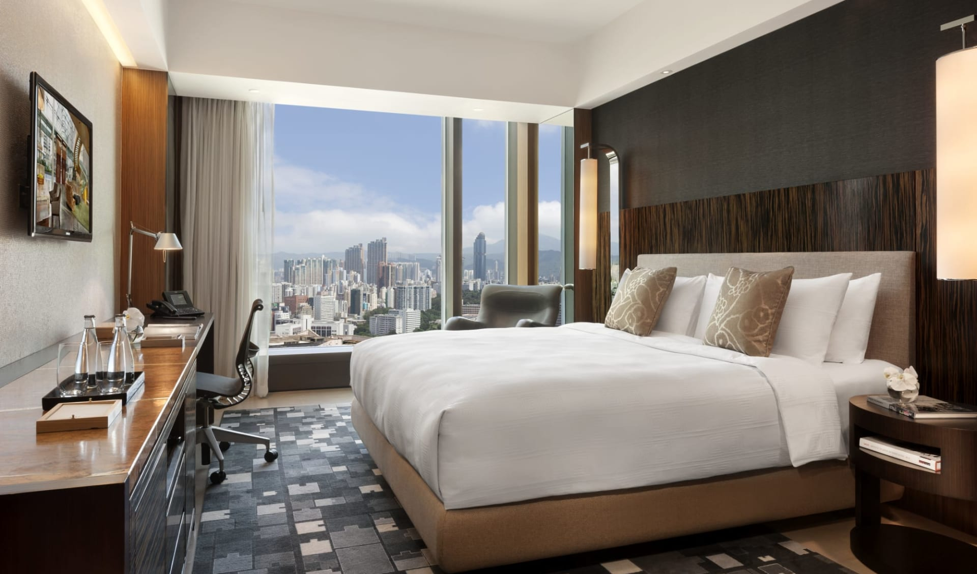 Hotel ICON in Hong Kong: ICON 36 City | Bedroom