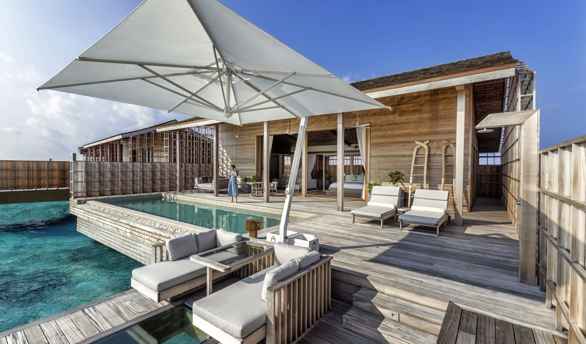 Kudadoo Maldives Private Island in Lhaviyani-Atoll:  Ocean Pool Residence Single Bedroom