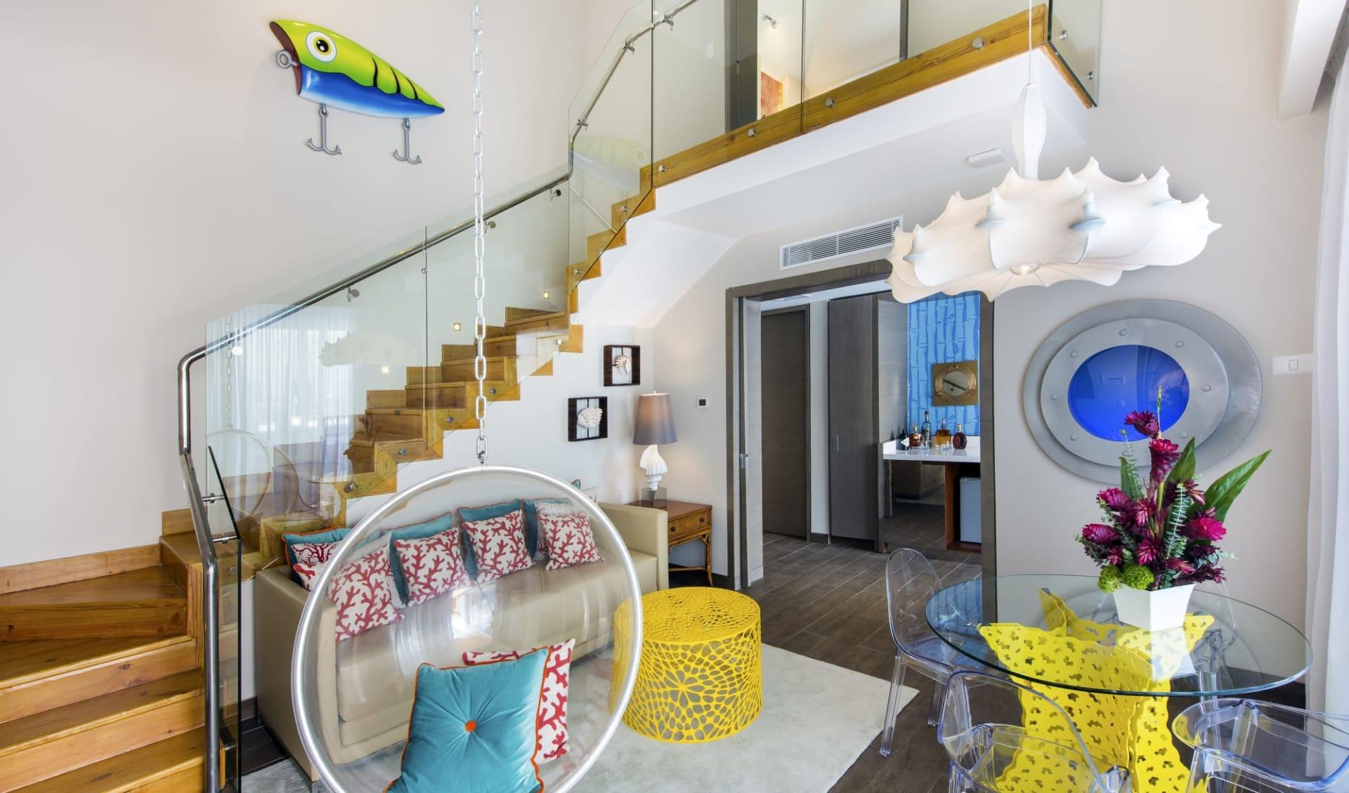 Nickelodeon Hotel & Resorts in Punta Cana:  Pineapple_Livingroom_NHPC_2
