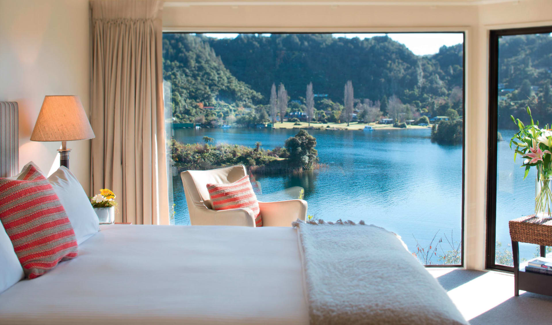 Solitaire Lodge in Rotorua:  Solitaire Lodge - Executive Suite