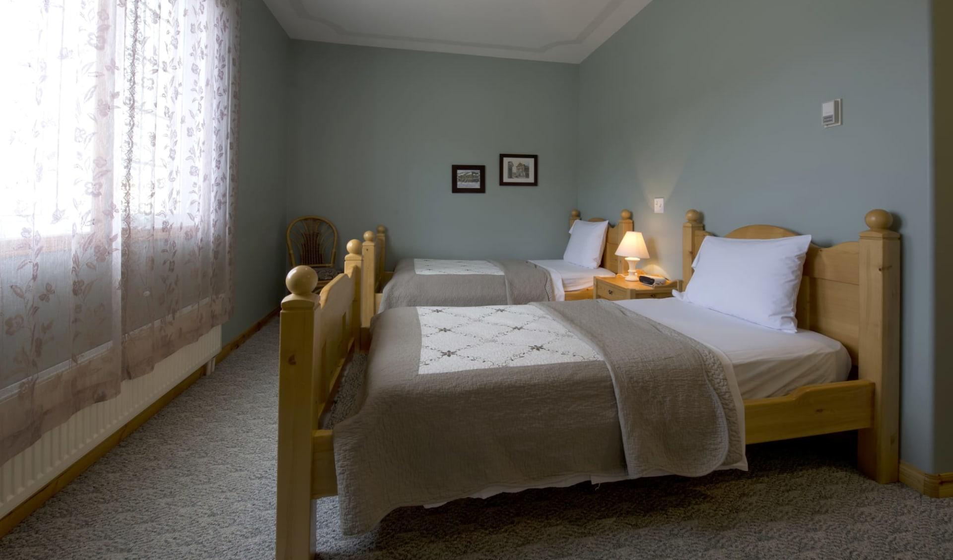 Aurora Inn in Dawson City:  YDAAI_room_007standard