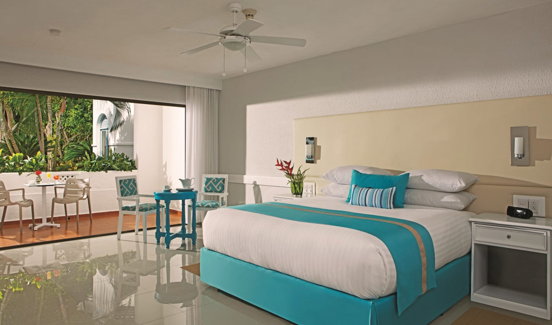 Sunscape in Puerto Plata:  Zimmer Hotel Sunscape - Sun Club Deluxe Room Garden View C Latin Connect