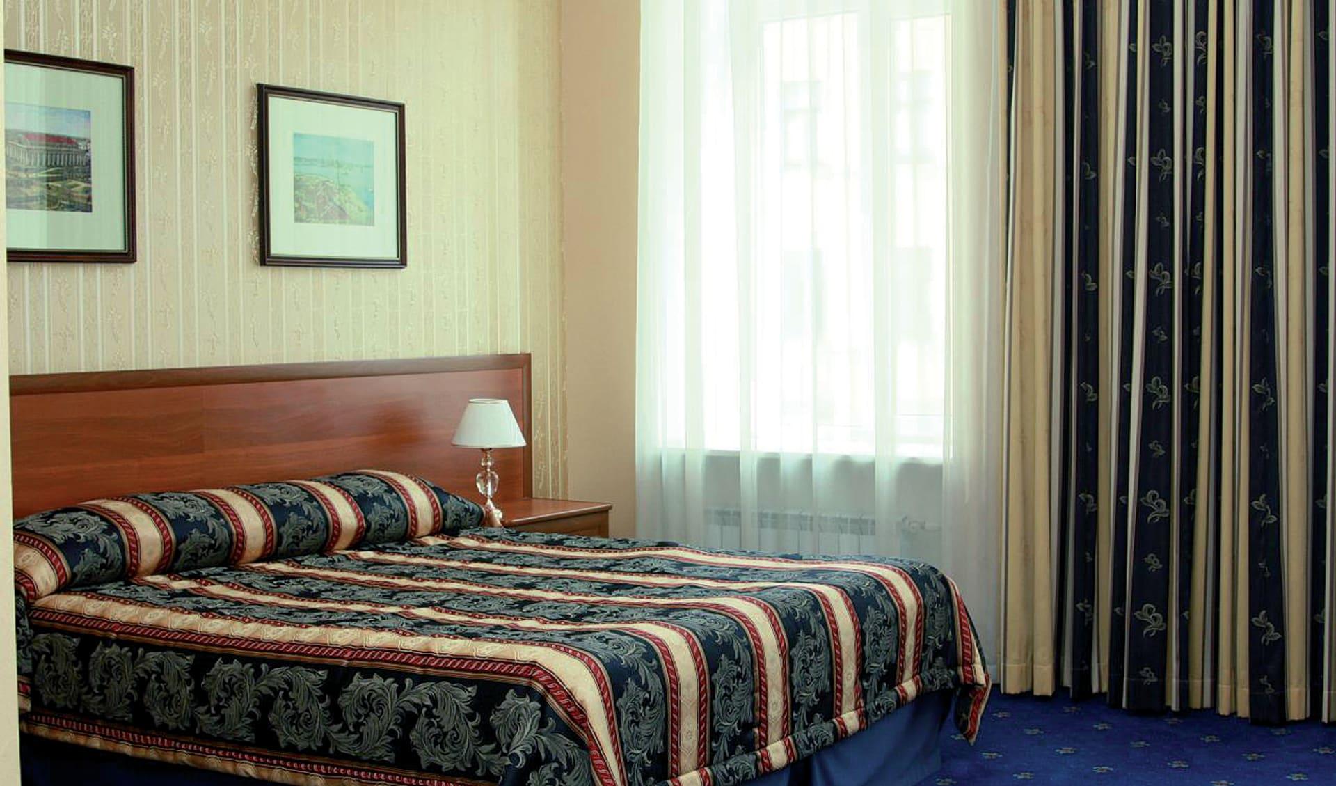 Hotel Belvedere-Newski in St. Petersburg: Russland_St.Petersburg_BelvedereNewsky_Zimmer