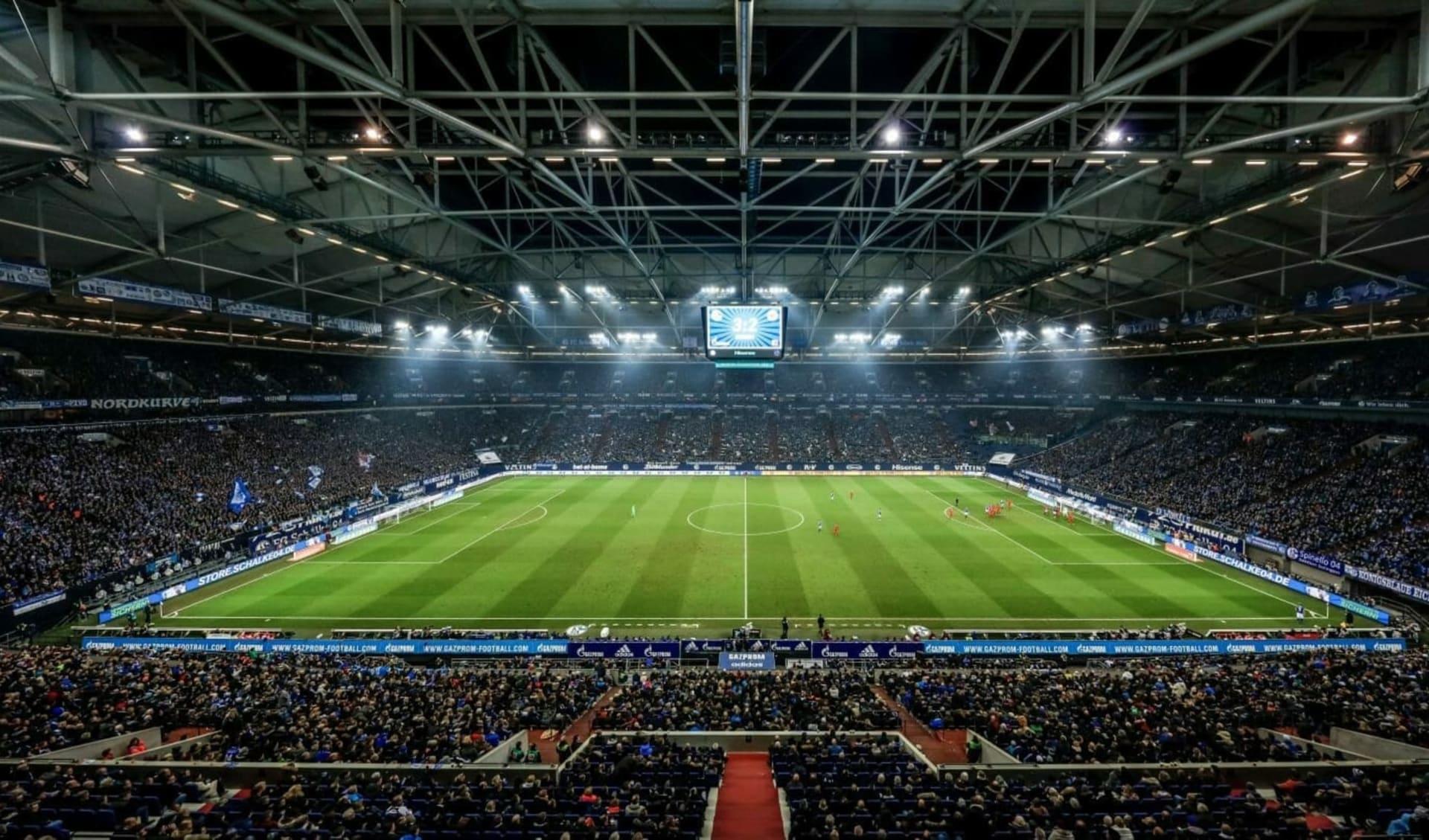 FC Schalke 04 ab Gelsenkirchen: Schalke_VeltinsArena
