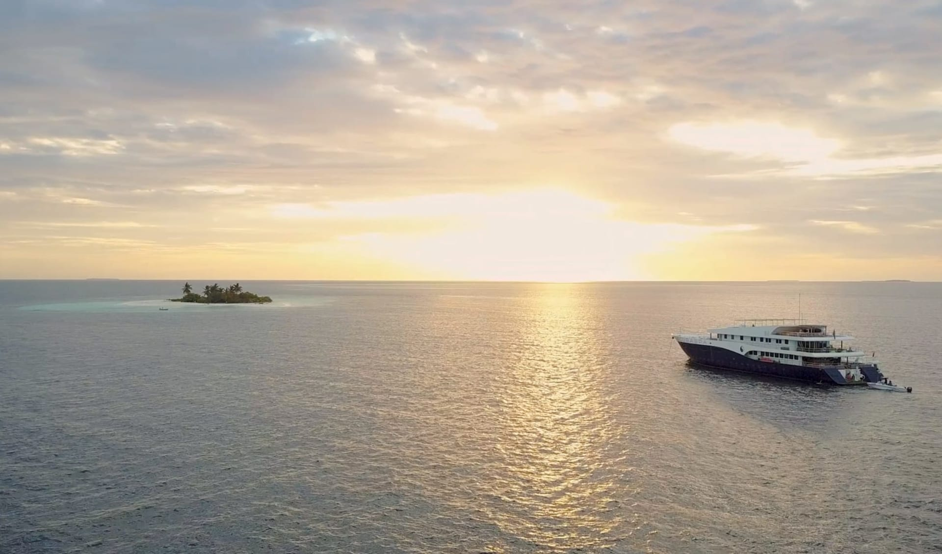 The Floating Resort by Scubaspa ab Malé: Scubaspa Ying & Scubaspa Yang