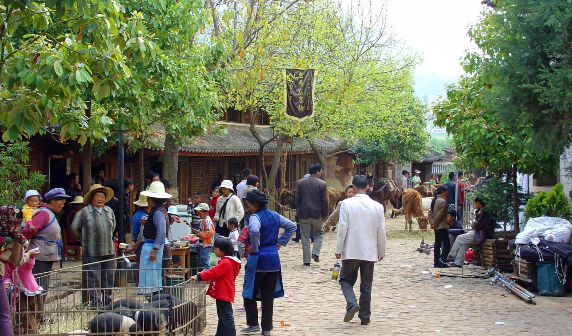 Yunnan aktiv erleben ab Kunming: Shaxi: Market