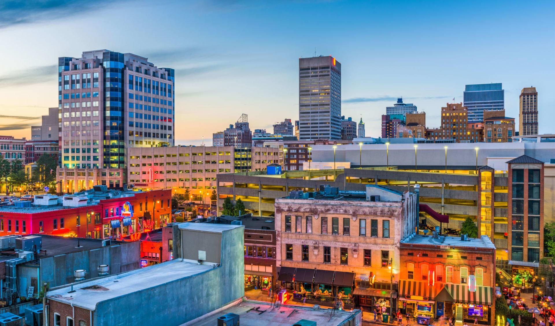 Holiday Inn Select Downtown Memphis: shutterstock_706777984_memphis