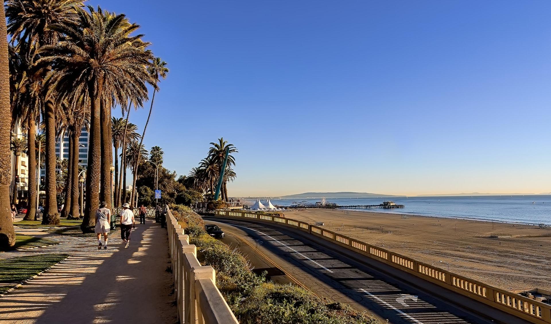 Wyndham Santa Monica at the Pier: shutterstock_780157072.jpg_WEB