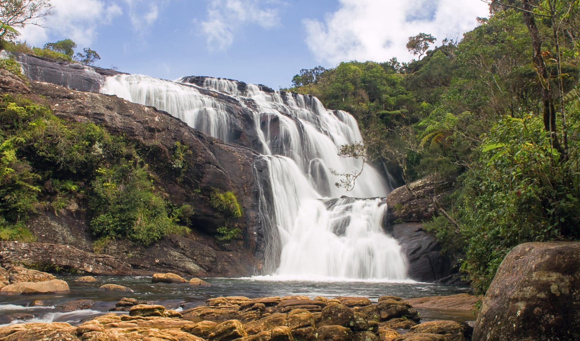 Wasserfall im Nationalpark, Sri Lanka