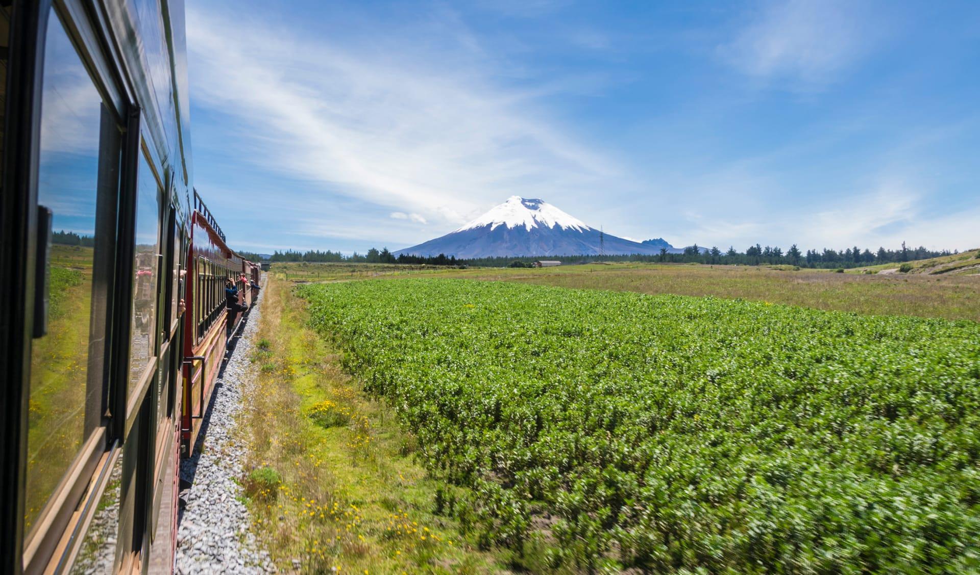 Train of the Volcanoes, Ecuador