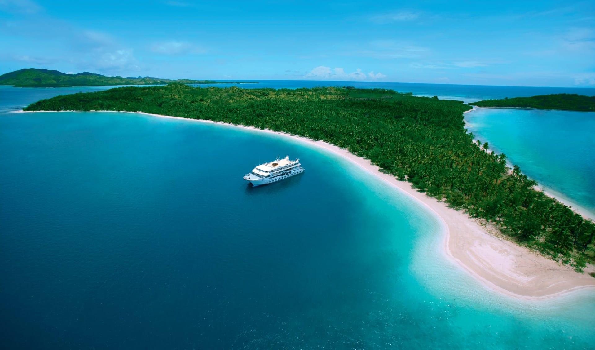 Captain Cook Cruises Lau & Kadavu Kreuzfahrt 12 Tage ab Port Denarau: Südsee - Fiji - Blue Lagoon Cruise