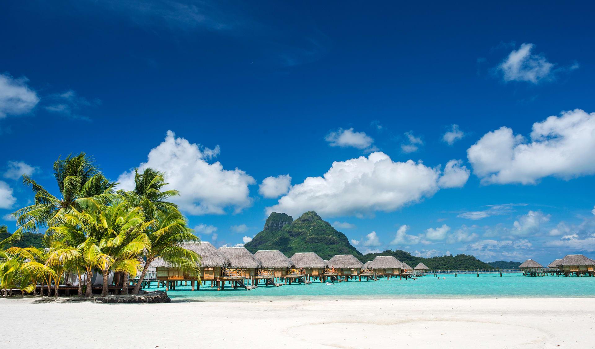 Tahiti-Inseln mit Lagune, Französisch Polynesien