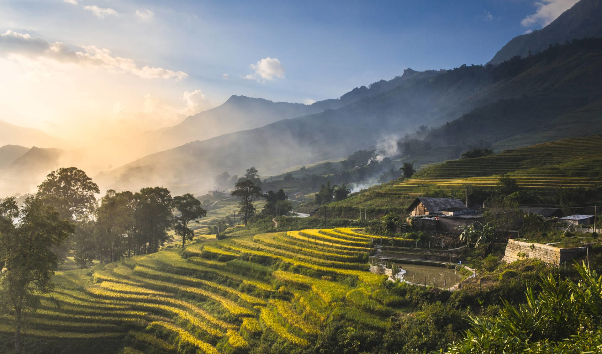 Abenteuer Sapa - Relax Package ab Hanoi: Terraced rice fields during sunset at Lao Cai Sapa