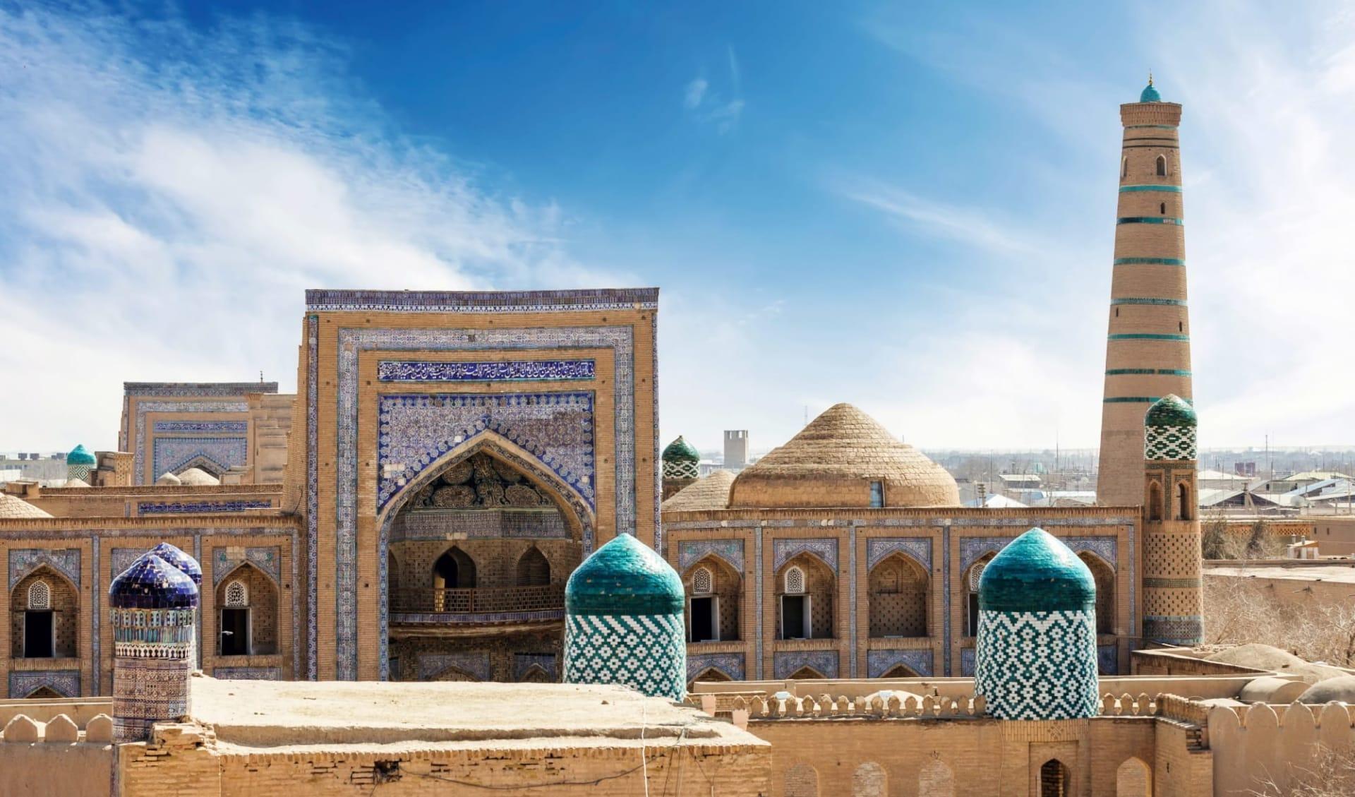 OSRE Sagenhaftes Usbekistan ab Taschkent: UA_Kiva_shutterstock_470560001_posztos