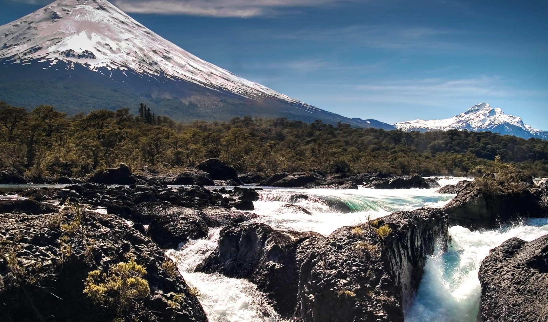 Zubucherreise Seengebiet ab Puerto Montt: Volcan el Fondo